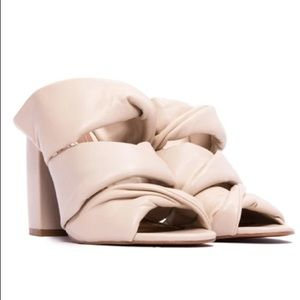 NIB L'Intervalle White BV Dupe Leather Sandals 39